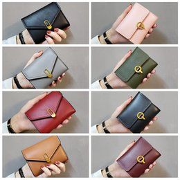wholesale chain wallets NZ - Fashion 2020 Women's Wallet Short Wallets For Women Coin Purse Zipper Clutch Wallet Ladies Card Holder Luxury Small Clutch Bag Free shipping