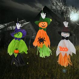 Santo Designers Straw Toy Halloween Tassel Straw Santo pingente pendurado decorações para jardim de infância Home Bar Party Decor Horror Props D82801 em Promoção