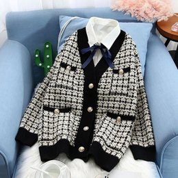Wholesale long red plaid coat resale online - New Knitted Plaid Contrast Sweater Cardigans Women V neck Single Breasted Pockets Female Sweaters Autumn Casual Lady Coats CX200810