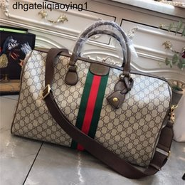 Toptan satış 2020 Yüksek Qaulity Seyahat çantası messenger çanta Erkekler Sıcak satış kadınlar omuz çanta Sıcak RETRO moda yüksek dereceli Klasik Yüksek uç çanta vurmak