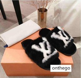 plastics home slippers NZ - Limited edition full mink hair home and hotel slippers Latest Light and comfortable soles Womens Soft warm Fur Leather slippers