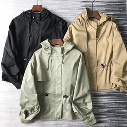 Wholesale cotton jin online – design cAVVr American niche JIN mouth polyester cotton Windbreaker coat anti wrinkle stylish tooling handsome short hooded waist trench coat for wo