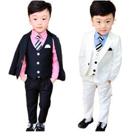 Toptan satış Papyon Boys doğum günü partisi Smokin Kostüm elbisesiyle Yeni Çiçek Boys Blazer Düğün Suit Okul Çocuk Piyano Töreni Biçimsel Suit