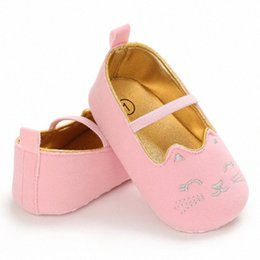 wholesale mary jane baby shoes Australia - Cat Shape Baby Shoes Newborn Infant Pram Mary Jane Girls Princess Moccasins Soft Crib Shoes First Walkers 0-18M yHfA#