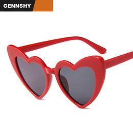 peach sunglasses women Canada - Newest Peach Heart Sunglasses Women Men Big Lovely Heart Sunglasses Metal Hinge Candy Colors Red Frame Party Eyeglasses UV400