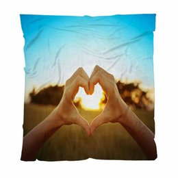 heart shaped beds NZ - Warm Flannel Blankets Soft Solid Blankets Hand Shaped Heart Against Car Sofa Blanket Bed Sheet Blanket New Air Conditioning Blanket