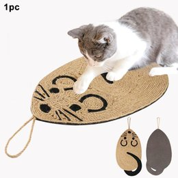 cat scratch pads UK - Mouse Shaped Sisal Pad Biting Chewing Training Wall Hanging Interaction Toy Cat Scratching Mat Furniture Protection Floor Lounge