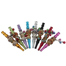 Discount metal skull smoking pipes Mixed Color Bling Blunt Holder Smoking pipe Tool metal Hookah Mouthpiece Mouth Tips Pendant Shisha Skull Shaped Filter J