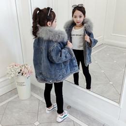 Wholesale big denim jacket for sale – winter Patchwork Pockets Velvet Thick Denim Jacket for Teenage Girls Winter Warm Big Fur Hooded Jeans Coat Children Bomber Jackets Teen