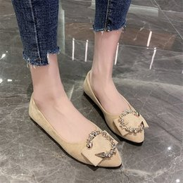 2020 Womens Shoes Sexy Fashion New Pointed Flat Sole Womens Party Official Office Shopping Loafers r6KF#
