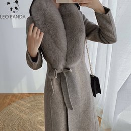 Wholesale women fox trench coat resale online - 2019 Winter Fashion Slim Women White Cashmere Coat Fake Fox Fur Collars Wool Jacket Plus Size Long Trench Coat Female Overcoats T200907