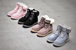 Autumn   winter 2020 new Martin women's boots with hairy casual flat snow boots candy short boots 8cfp#