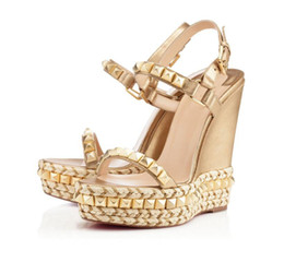 Wholesale t pump for sale – custom Famous Ladies Red Bottom Wedge Cataclou Sandals Gold Patent Leather Studded Ladies Ankle Strap Women s Pumps Party Dress EU35 With Box