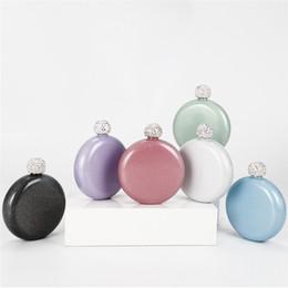 Flasque mini-ronde portable 304 couverture cristal bouilloire vin en acier inoxydable dames colorées pichet Glitter Hip Flask en Solde