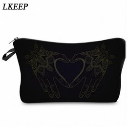 cosmetic bags hearts wholesale Australia - 2019 Love Heart Pattern Women Clutch Cosmetic Bag Make Up Organizer Fashion Women Printing Multifunction Portable Makeup Bags uBBt#