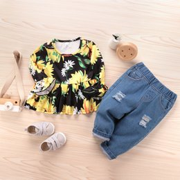 trumpet sleeve blouse NZ - Girl leisure sweet round neck trumpet sleeve cartoon sunflower ruffled hem blouse and jeans set two-piece combination