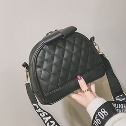 women casual sling bags NZ - Designer-Brand Woman Shoulder Bag 2020 Simple Casual Cute Ladie Wide Shoulder Strap Pu Slung Large Capacity Quilted Bag
