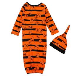 Bebê recém-nascido de gavetas dormir chapéu saco 2 pcs 1set INS Criança abóbora de Halloween dormir Sacks Fotografia Prop Sleeping Bag KKA8087 em Promoção