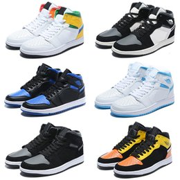 Jumpman 1 Basketball Shoes Athletics Sneakers Running Shoe For Kids Women Sports Torch Hare Game Royal Pine Green Court