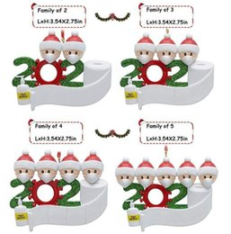 Wholesale 2020 Quarantine Christmas Decoration Birthdays Gift Toys Hanging Ornament With Face Masks Survivor Family of 2 3 4 5 6 7 Fy4256