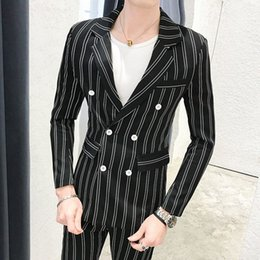 Dernières Green Stripe Summer Black Men Costume Homme d'affaires formelles CROISÉ Costumes Casual Slim Fit Lapel mariage Groom Tuxedo UPdU #