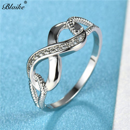 stainless steel infinity ring NZ - Blaike Exquisite White 8 shape Infinity Rings For Women Wedding Engagement Promise Ring Jewelry Valentine's Day Gifts For Her