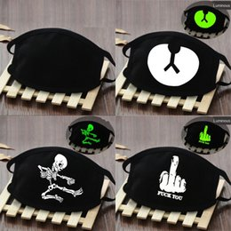 head masks Canada - Sports Magic Headband 3D People Printed Outdoor Cycling Riding Seamless Sunsn Head Skull Scarf Face Masks Bandana Seamless Cycling#123#374