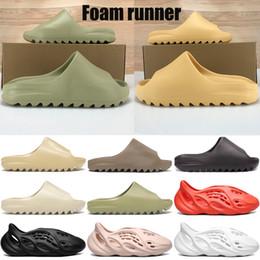 Vente en gros sable nouvelle résine os sandale pantoufle triple blanc noir runner mousse désert hommes ouest kanye femmes slides mode sandales US 5-11