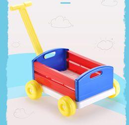 Ingrosso Girello Trolley Car Home Organizer Carrello Cestini di immagazzinaggio divertenti auto sportive all'aperto Pull coperta Giocattoli per bambini regali di compleanno