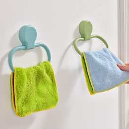 Wholesale Pure Color Annular Hanging Rack Kitchen Bathroom Accessories No Trace Strength Viscose Waterproof Towel Hook Multicolor Hot Sale 2 7xr J2