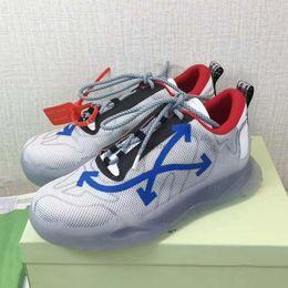 19FW Sneaker Calfskin Trainers Men Women Casual Shoes Flat Outdoor Retro Sneaker arrow whiteCasual Sneaker n2