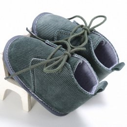 2020 2020 Fashion Corduroy Baby Boys First Walkers Toddler Shoes Soft Bottom Baby First Step Shoes Gray Brown Color U5rv#