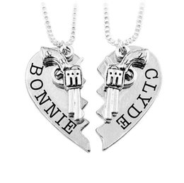 necklaces best friend forever UK - Bonnie Clyde Pendant Necklaces Guns Heart Friendship Best Friends Forever Keepsake Gift ps1020