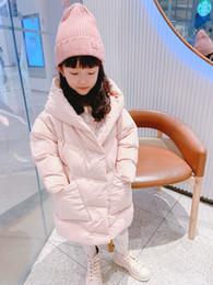 Ücretsiz Kargo Kış Bebek Kız Uzun ceketler Açık Sıcak Tatlı Çocuk Kalın Coats Çocuk Kız Kapşonlu Ceketler hediye şapka