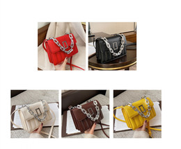 girl stylish bag 2021 - small hip hop pack shoulder bag Metallic Polyester Alloy Chains stylish belt bags handbags for girls womans leather handbags