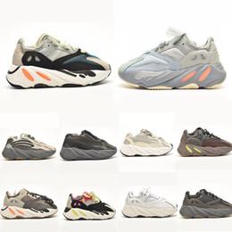 venda por atacado 2020 corredor de onda de onda sólida inércia de inércia malva sapatos ao ar livre kanye west kid 7oo tênis brilho escuro para menino menina tamanho 26-35