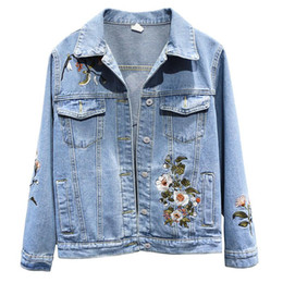 Wholesale womens flowered jackets for sale - Group buy Womens Denim Coat Spring Autumn Embroidery Flower Bomber Jacket New Fashion Leisure Large size XL Baseball Outwear Female