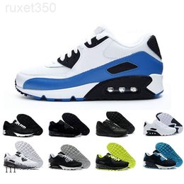 2019 New 90 Running Shoes Classic Men Women Sports Shoes Black Red White Trainer Air Cushion Breathable Air90 Canvas Shoes XOE8K