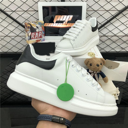 2020 New Top Luxury Designer Shoes Womens Mens trainers White Leather Platform Shoes Flat Casual Party Wedding Shoes Suede Sports Sneakers