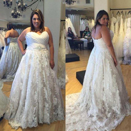 Wholesale embroidery necklines resale online - 2021 Plus Size Wedding Dresses Embroidery Lace Applique Sweetheart Neckline Ruched Pleats Wedding Gown Custom Made vestido de novia