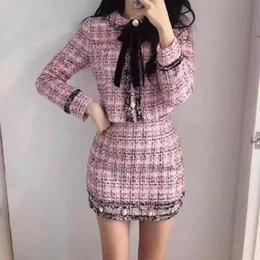 wolle rock kurze frauen großhandel-Herbst Winter Tweed Wolle Stück Set Frauen Bowknot Plaid Rock Set Weibliche Fransenrein Kurzjacke Mantel Bodycon Rock Anzug