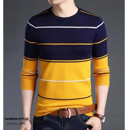 men slim t shirt v neck 2021 - 2021 Autumn new men's long-sleeved t-shirt Slim v-neck pullover sweater young men's bottoming casual sweater