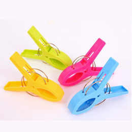 Wholesale garage clothing resale online - 11 cm Large Bright Colour Clothes Clip Plastic Beach Towel Pegs Clothespin Clips To Sunbed Multicolor G2