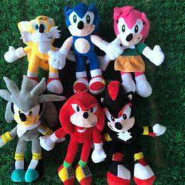 Vente en gros 28cm NNEW Arrivée Sonic The Hedgehog Sonic Tails Knuckles The Echidna Farcé Animaux Peluches Toys Cadeau Gratuit Livraison Gratuite