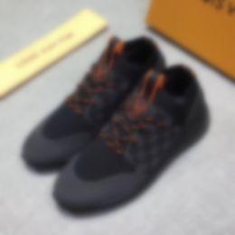 2020 New Fashion Shoes Man CasualLOUİSVVVUİTTONLuxury handmade Moccasins fashion social shoes 09