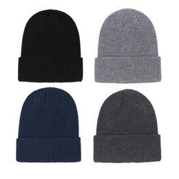 Wholesale Hot Unisex Beanies Knit Hat Autumn Winter Outdoor Men Knitted Hat Hip-hop Embroidery Badge Skullies Warm Man Sport Gorros Women Knitwear Cap