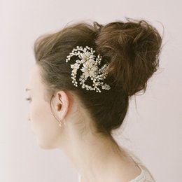crystal twigs NZ - Freshwater PearlS Export European And American Bride Sun Flower Hair Comb Crystal Bride Hair Decoration Twigs Style