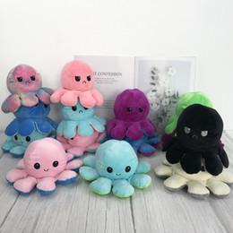 Venta al por mayor de Volteo reversible Octopus de peluche de peluche de peluche de peluche Animal suave Accesorios para el hogar Lindo muñeca animal regalos niños compañero de peluche peluche