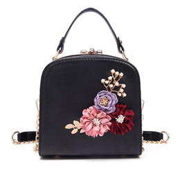 handbag frames Canada - Floral Women Evening Bags Hardcase Ladies Box Frame Cross Body Bags Clutch Shoulder Metal Handbags Chain High Quality Tote