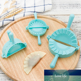 Discount butterfly models 1pc 3 Model DIY Dumplings Tool Kitchen Dumpling Mold Flower Heart Butterfly Dough Press Dumpling Pie Ravioli Baking Accessories